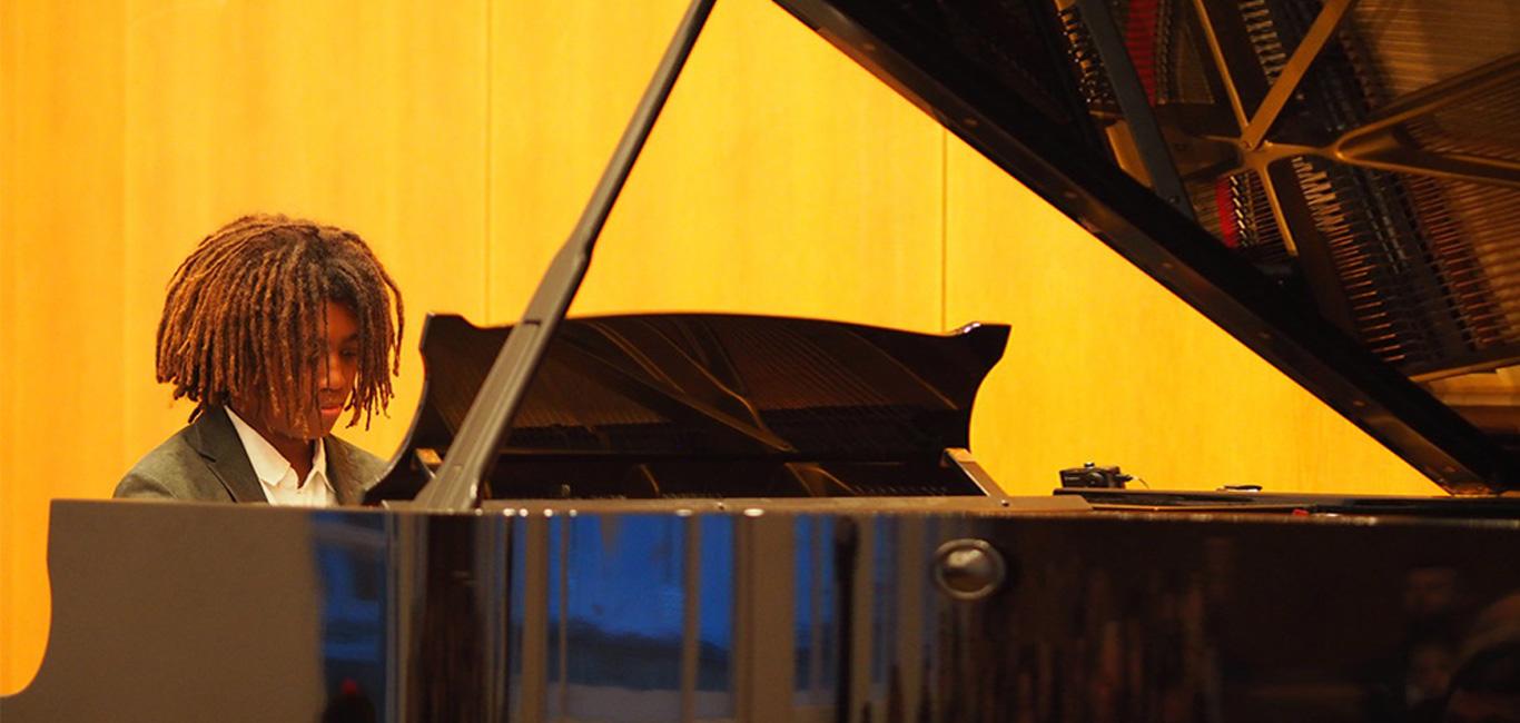 Klavierlehrer in Düsseldorf Marco Grilli, Startseite, Marco Grilli -Klavierlehrer, Marco Grilli -Klavierlehrer